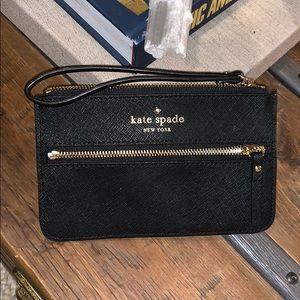 Kate Spade Mikas Pond Bee Black Zip Wristlet